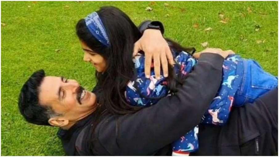 akshay kumar and nitara - India TV Hindi