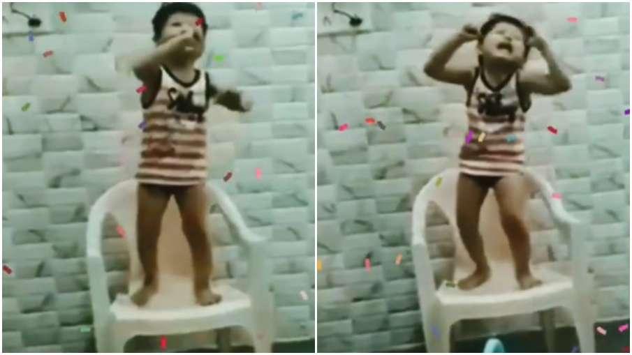 child singing - India TV Hindi
