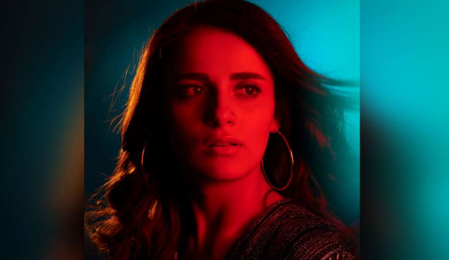 radhika madan in different role in film shiddat latest news in hindi - India TV Hindi