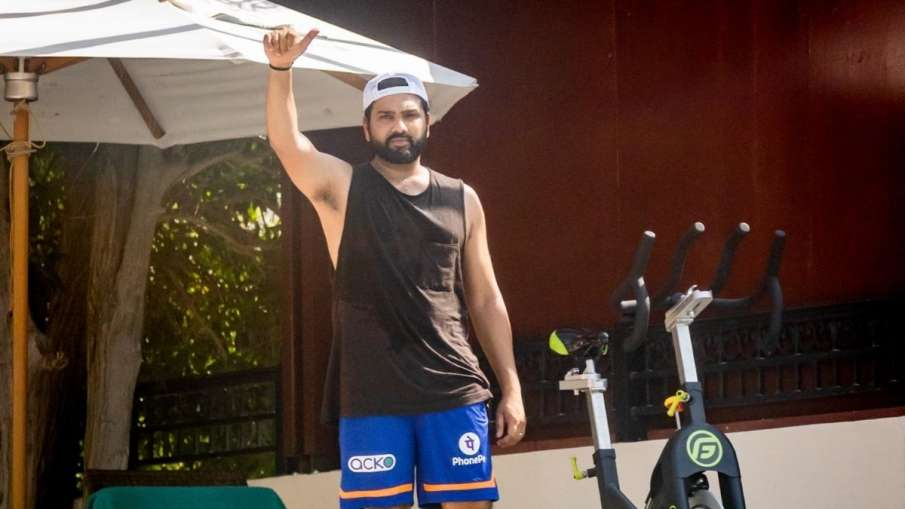 IPL 2021: Rohit Sharma kicks off training in quarantine...- India TV Hindi