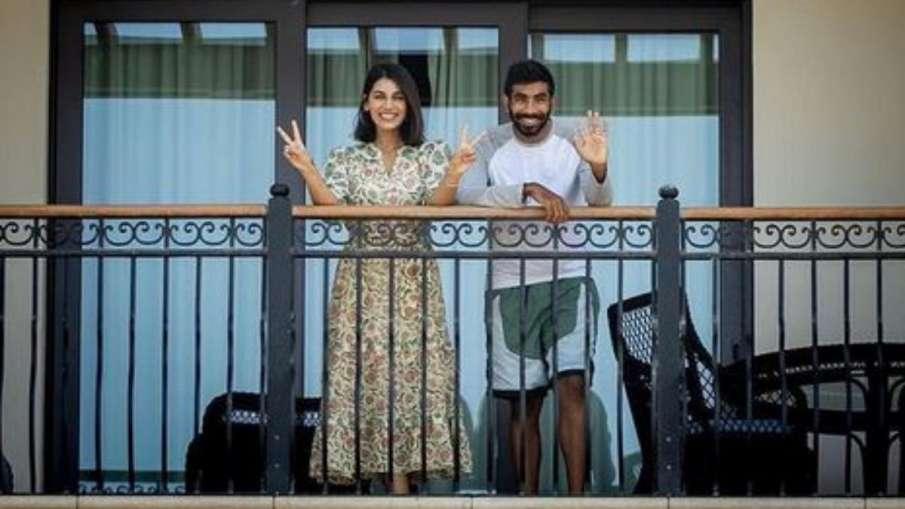 IPL 2021: Jasprit Bumrah, Sanjana Ganesan Quarantine...- India TV Hindi