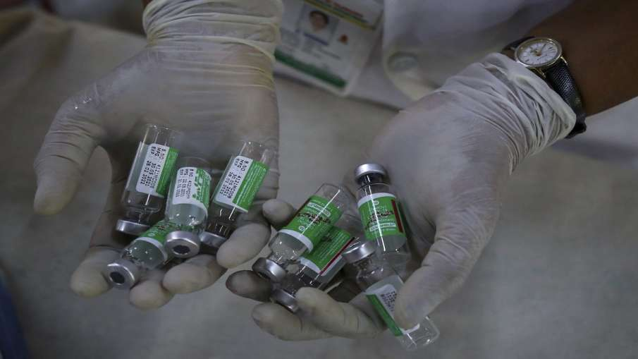 भारत सरकार के दबाव के आगे UK को झुकना पड़ा है और UK ने Covishield वैक्सीन लगवा चुके लोगों को अपने यह- India TV Hindi