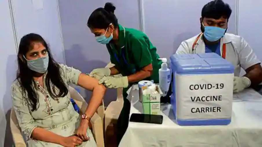 पूरे यूरोप में जितने कोरोना टीके लगे उससे ज्यादा अकेले भारत में हो चुका है लोगों का वैक्सीनेशन- India TV Hindi