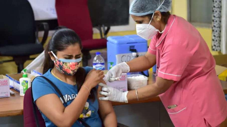 देश में कोरोना वैक्सीन की कुल 94.62 करोड़ खुराक दी गईं- India TV Hindi